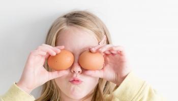 Утро с профессором: Пасхальный символизм и полезные свойства куриного яйца