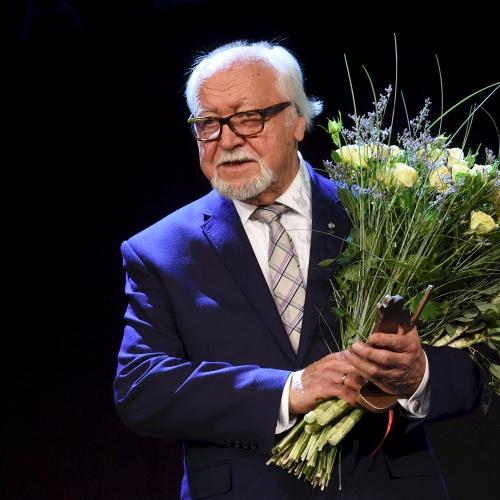 Tautys meilātais kinorežisors Juoņs Streičs 85 godu jubileja prīškvokorā