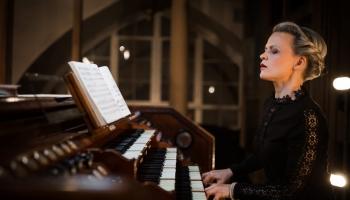 Iveta Apkalna, Frankfurtes Radio SO un diriģents Rikardo Minazi 21. februārī Frankfurtē