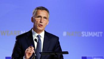 Stoltenbergs: NATO cieši uzrauga notiekošo Ukrainā