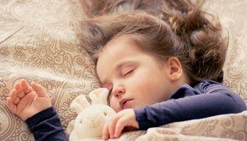 Veselīgu miega paradumu veidošana bērnam