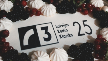 Klasika svin 25. dzimšanas dienu. Saruna ar kolēģiem par pagātni un nākotni