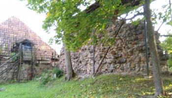Средневековый замок Смилтене