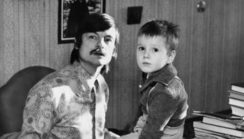 """Tallinas """"Melnās naktis"""": Matulēviča """"Izāks"""" un Tarkovska juniora filma par leģendāro tēvu"""