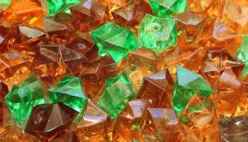История на осколках: фарфор и стекло из Латвии
