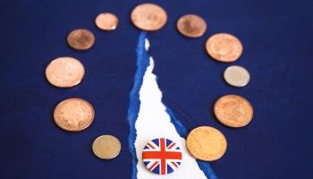 """""""Pēcbreksita"""" attiecības: Ko paredz pēdējā brīdī slēgtais līgums starp ES un Lielbritāniju"""