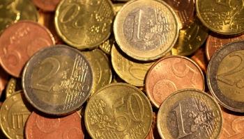 Женский образ на монетах и купюрах