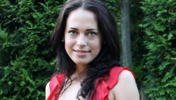 Kristīna Zahārova pēc 7 gadu prombūtnes atgriežas Latvijā