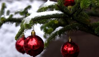 Uzburam Ziemassvētku sajūtas