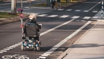 Iespējas cilvēkiem ar kustību traucējumiem pārvietoties pilsētvidē