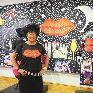 Tērpu dizainere un gleznotāja Elita Patmalniece: Man patīk tīrās krāsas
