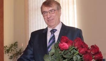 Monopola viesis ķīmiķis, Zinātņu akadēmijas prezidents Ivars Kalviņš