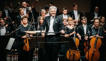 Georgs Sarkisjans, LNSO un maestro Vasilijs Sinaiskis Lielajā ģildē