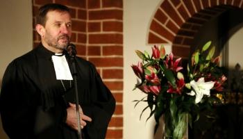 Satvert svētku brīnumu. Pirms Ziemassvētkiem saruna ar arhibīskapu Jāni Vanagu