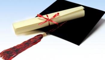 В Сейме обсудят признание в Латвии британского диплома о высшем образовании