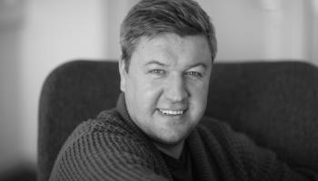 """Mūziķis Mārtiņš Kits sper soli tuvāk ar jauno dziesmu """"Jāsatiekas"""""""