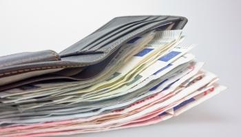 500 eiro pabalsts par bērnu: VSAA pārstāves skaidro saņemšanas kārtību