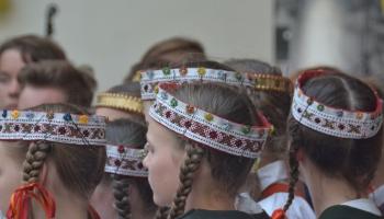 Школьный праздник песни и танца: как создается музыкальный репертуар