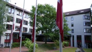 Vai Latvijai jāfinansē latviešu skolas ārvalstīs?