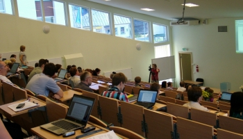 Covid-19 krīze ietekmē arī uzņemšanu augstskolās: ar kādām izmaiņām jārēķinās