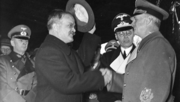 """28. septembris. Staļina un Hitlera režīmi, noslēdza līgumu """"Par draudzību un robežām"""""""