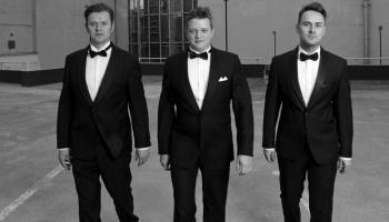 """Apvienības """"Trīs tenori"""" tradīcijas Latvijā"""