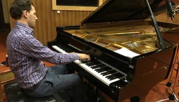 Latvijas Radio rezidences mūziķis - pianists Reinis Zariņš