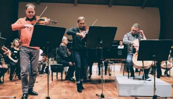 """Olivjē Greifa Četrkāršā koncerta """"Nāvesdeja"""" lasījumā sastapsies LNSO un RIX"""