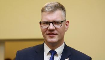 Vilnis Ķirsis: Divu gaidu laikā dārgo e-talonu Rīgā aizstās ar citu biļešu sistēmu