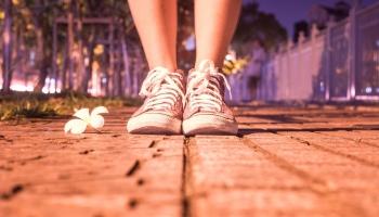 Косточка на ноге: какие методы работают, а какие нет?