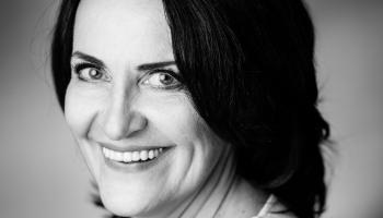 """Arita Grīnberga atklāj raidījuma """"Monopols"""" veidošanas un vadīšanas noslēpumus"""