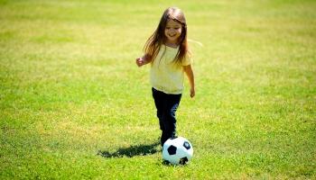 Vajag pamēģināt - tā ir visvieglāk atrast piemērotāko sporta veidu bērnam