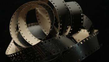 """Aicina iepazīt Latvijas kinoamatieru filmas projektā """"Paralēlais kino"""""""