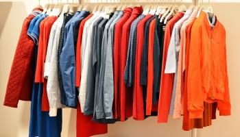 Eksperte: Tikai 1% no modes industrijas ražotajiem apģērbiem pārtop par jaunu apģērbu