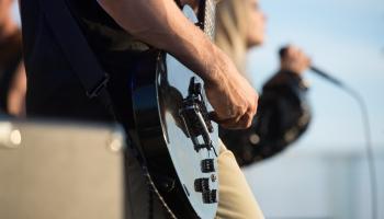 """Modris Šterns no grupas """"Līvi"""" pēc 35 gadu pārtraukuma atgriežas ar jaunu rokgrupu INDE"""
