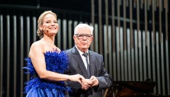 """Raimonda Paula un Elīnas Garančas koncerts """"Ja tevis nebūtu..."""" Nacionālajā teātrī"""