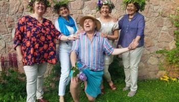 """Kopas """"Burdons"""" dalībnieku svarīgākie vasaras saulgriežu svētku brīži"""