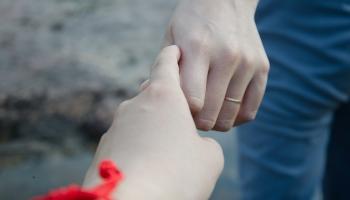 Психологическая близость в отношениях: как стереть границы между друг другом?