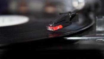 DJ Brain neizsmeļamie elektroniskās mūzikas krājumi