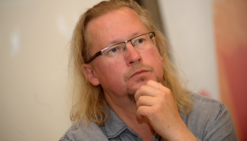 Ivars Cinkuss par barikāžu laiku: No smaidoša jaunekļa pārvērtos par nopietnu veci