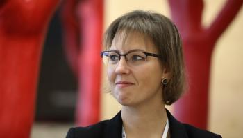 Ministre atzīst problēmas iekļaujošās izglītības modelī; sola uzlabojumus