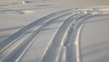 Водителей бесплатно научат безопасной зимней езде