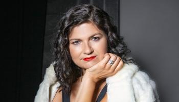 Leļļu teātra aktrise Dace Vītola Jūrmalā gādā par savu Kalnciema ielas kvartālu