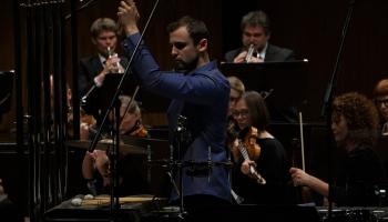 """LNSO un """"Sinfonietta Rīga"""" sezonas noslēgums, Krēmers un """"Kremerata Letonica"""" Vāgnera namā"""