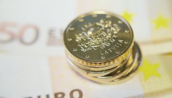 Eksportētāji piesakās valsts subsidēto darba algu programmā