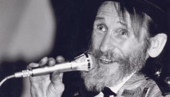 Edgaru Liepiņu, mūsu humora zvaigzni, pieminam 90. jubilejā