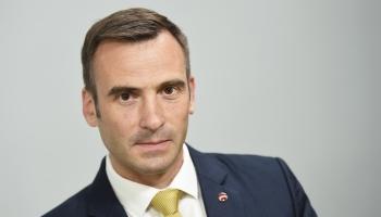 Нелегальные хостелы выявят, общепиту помогут, центр разгрузят – мэр Риги