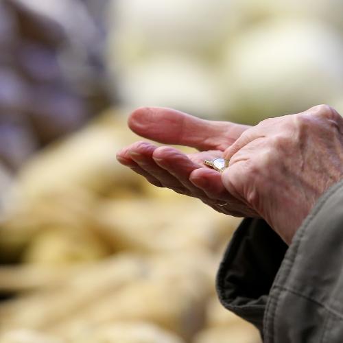 Iedzīvotāji Latgalē atbalsta pensiju mantošanas iespēju, bet neuzticas sistēmai