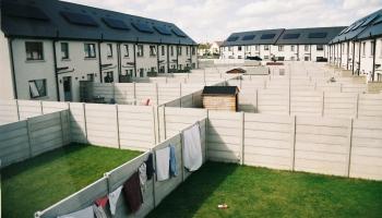 Pabalstu savaldzinātie. Latvijas vientuļo vecāku dzīve Īrijā. Laumas stāsts