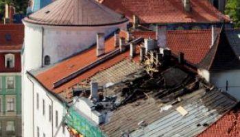 Технадзор: на чердаке Рижского замка c огнём никто не работал